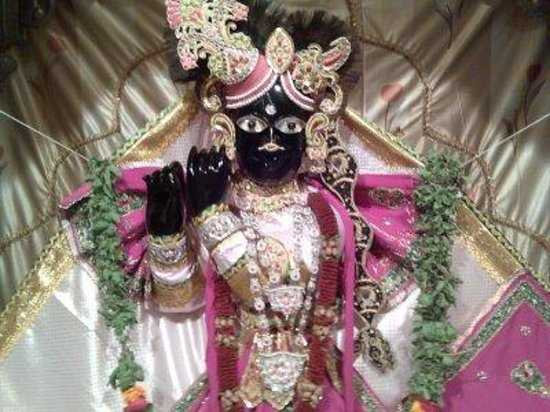 Banke Bihari Temple Vrindavan Pilgrimaide Com